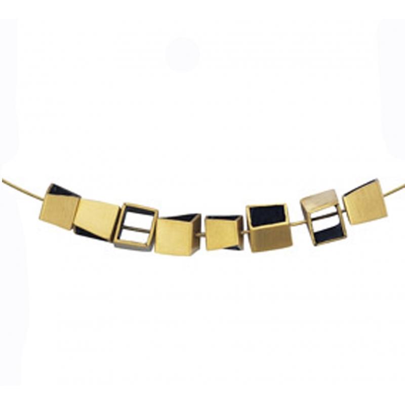 Collar de metal com baño de oro y color